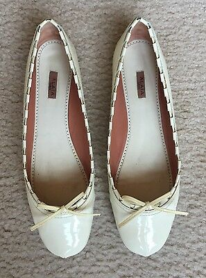 ALAIA Ballet Flat Ballerina Shoes Ivory Patent Leather Bow 40
