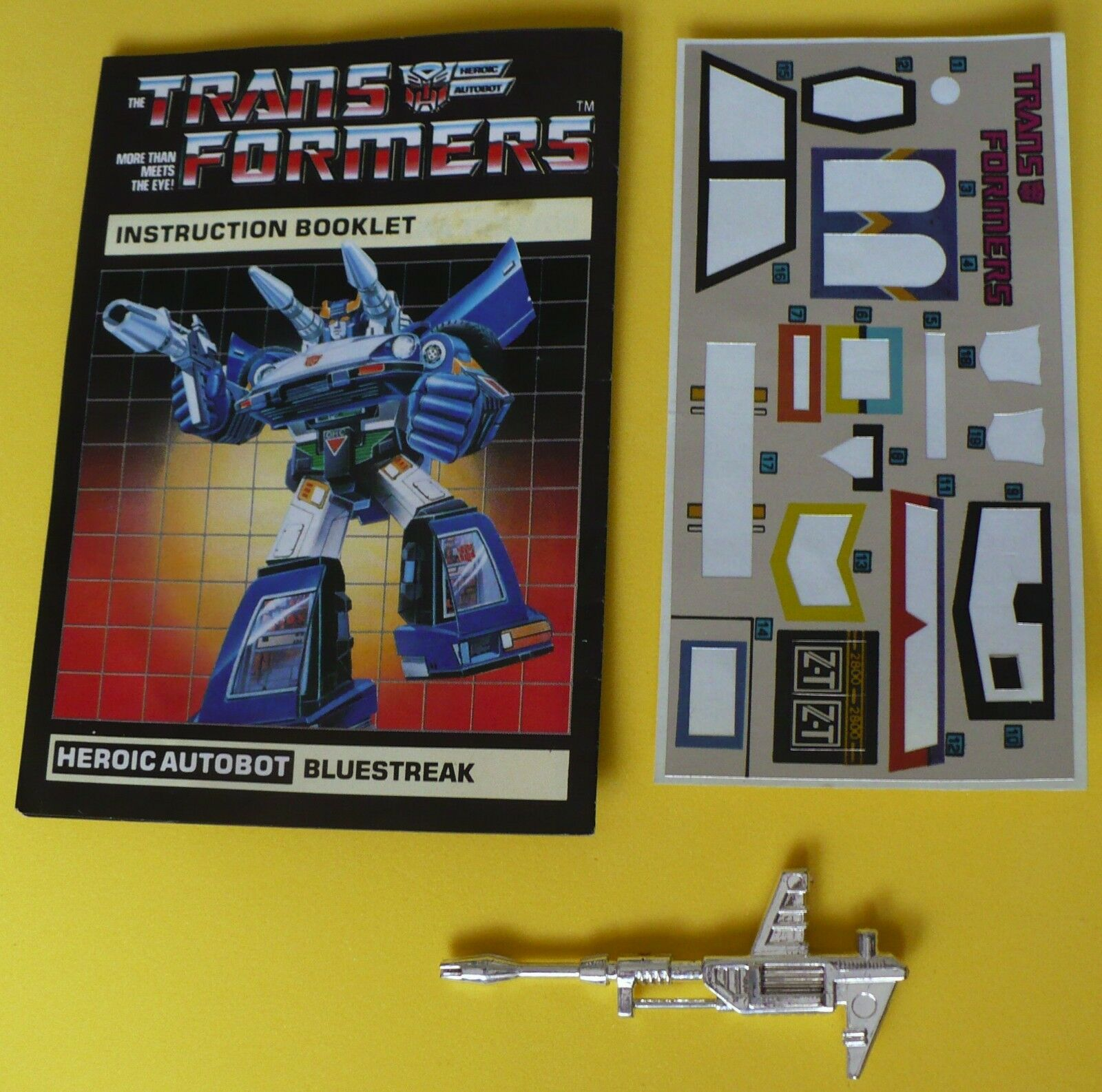 TRANSFORMERS TRANSFORMERS TRANSFORMERS G1 blueESTREAK INSTRUCTION BOOK- LASER GUN-MISSILES-RED LAUNCHERS 23d12b