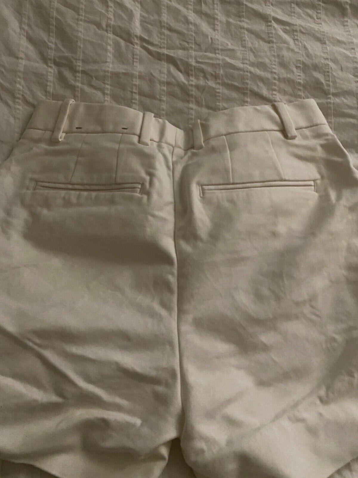 Gap Tailored White Shorts 00R - image 2