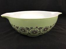 Pyrex Medallion Green Gold 2.5 Qt Cinderella Nesting Mixing Bowl 1962-63 Product
