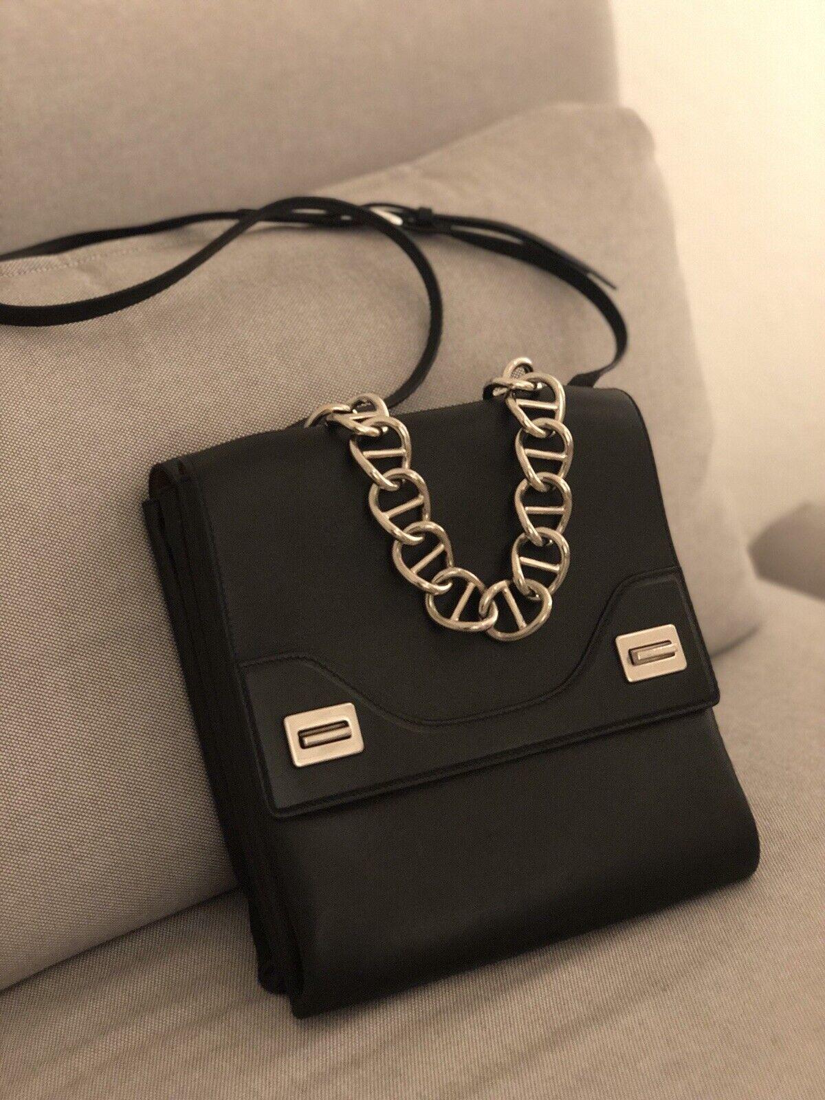 PRADA Tasche schwarzes schwarzes schwarzes zeitloses und edles Leder | Attraktiv Und Langlebig  | Jeder beschriebene Artikel ist verfügbar  | Elegant und feierlich  e4871a