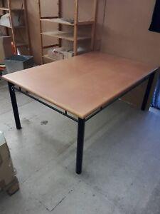 Esstisch Spieltisch Tisch 180m Lang 120m Breit Holzmetall Ebay