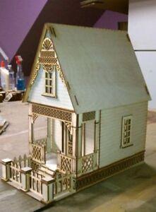 Little-Ann-Victorian-Cottage-1-24-Scale-Dollhouse