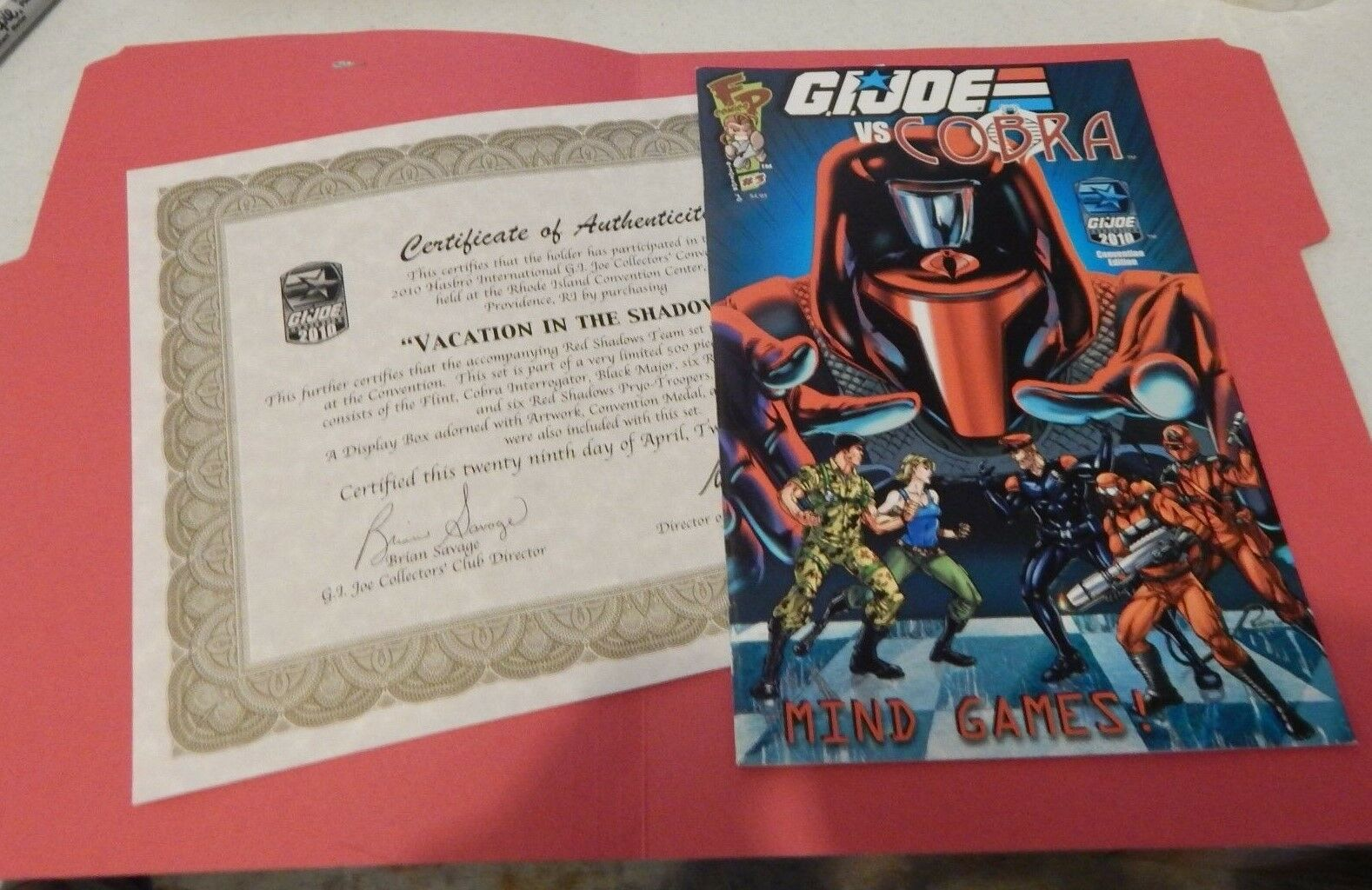 GI JOE  2010 COMIC & CERT OF AUTHENTICITY  VACATION IN THE SHADOWS JOECON