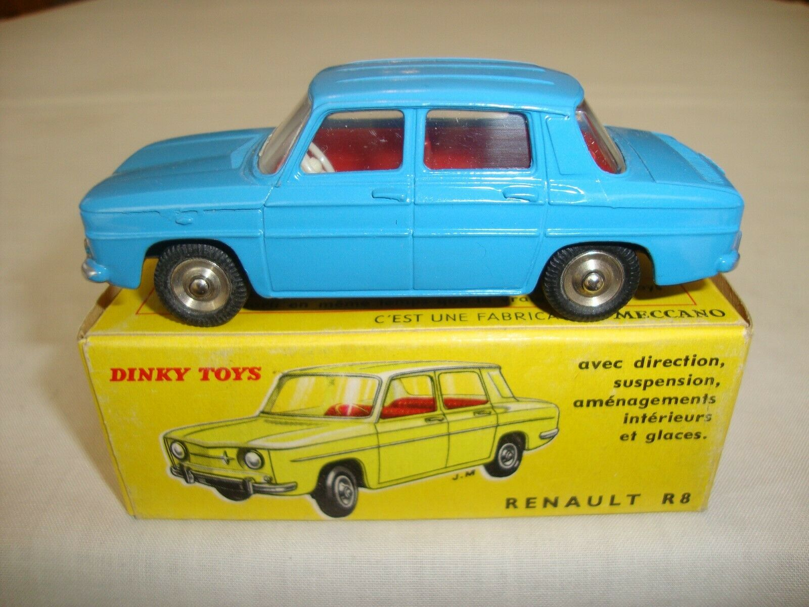 Original FRENCH DINKY 517 RENAULT R8 - NR MINT in original BOX