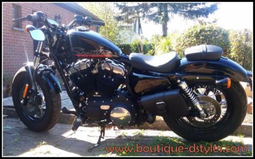 Harley V-rod // night rod sportster iron forty-eight Sacoche latérale en cuir