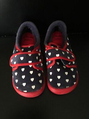 New Clarks Cuba Elle Infant Girls Kids Winter slippers House shoes DOODLES