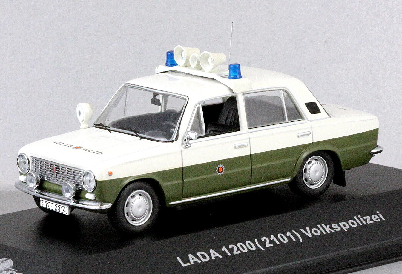 1 43 coches escala & Co CCC056 Alemania Oriental Oriental Oriental Vaz Lada Volkspolizei 1200 2101 Nuevo En Caja aa00c4