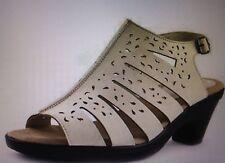 Easy Street Kamber Women's Sandal / 30-5123 / SIZE 6 WIDE / IVORY