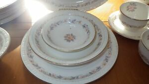 Vintage-Canonsburg-Fine-China-Dinnerware-set-Lyric-Magnolia-service-for-8-50pcs