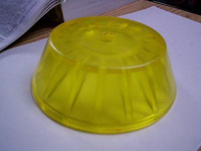 """Boat Trailer Tie Down Bow Roller 4/"""" Roller End Cap Bell 5806687"""