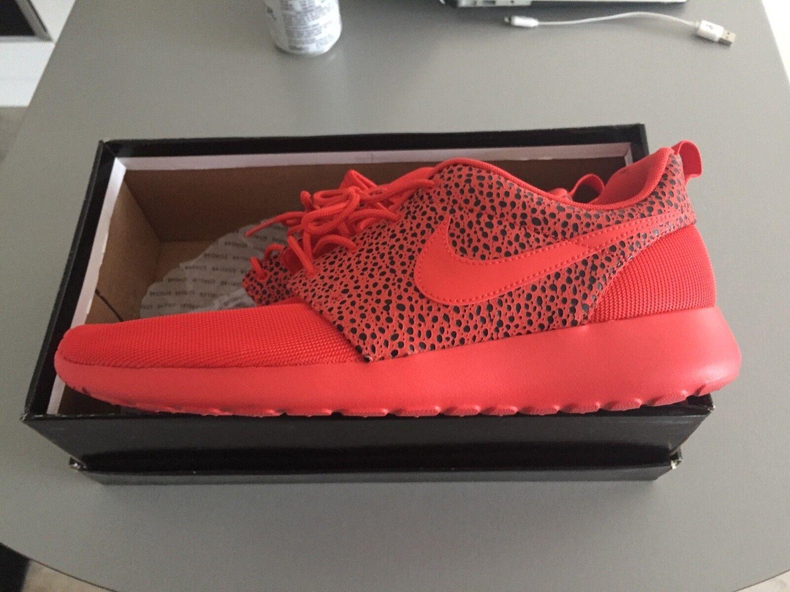 Nike roshe Safari RARE Size 9