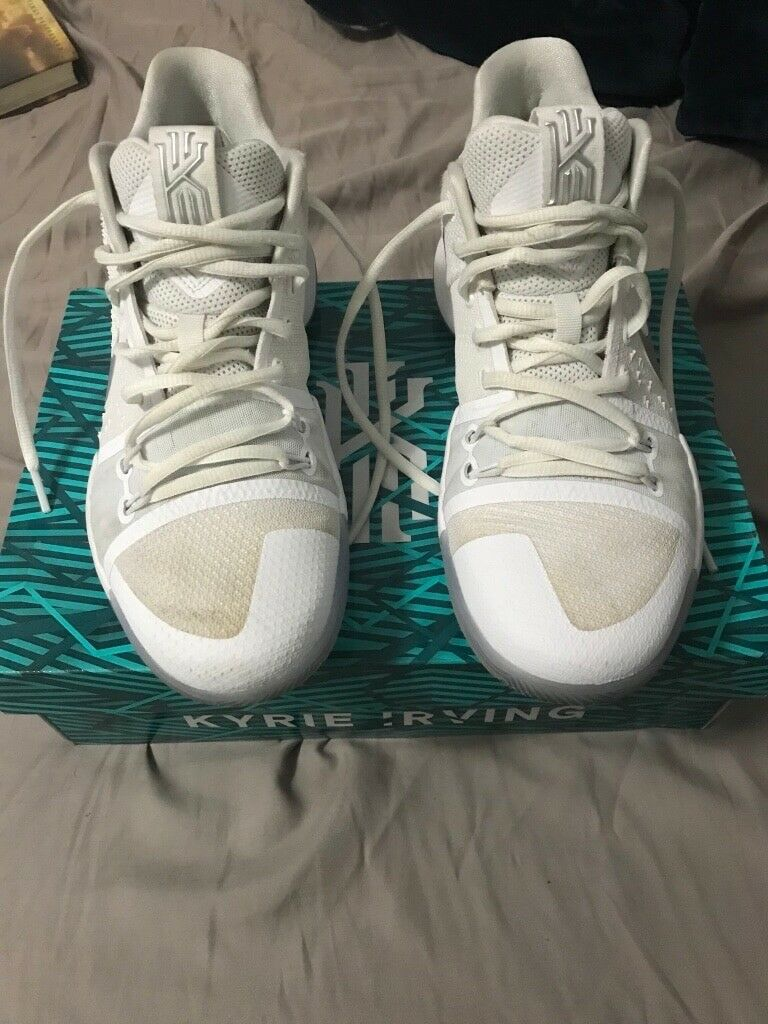 Nike Kyrie 3 Basketball Shoes Mens Comfortable Wild casual shoes