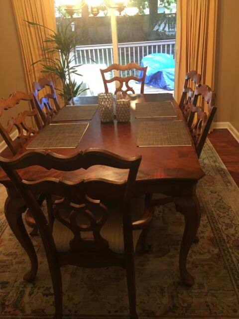 Thomasville 7 Piece Dining Table Set For Less Than 1000 Good Condition