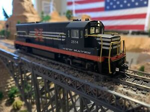 Ho-Scale-Bowser-GE-U-25B-New-Haven-2514-DCC-w-sound-Kadee-Lots-Of-Detail-NEW