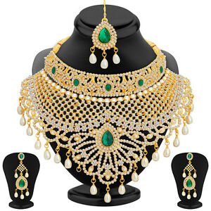 Sukkhi-Incredible-Gold-Plated-AD-Necklace-Set-For-Women-2418NADS3650