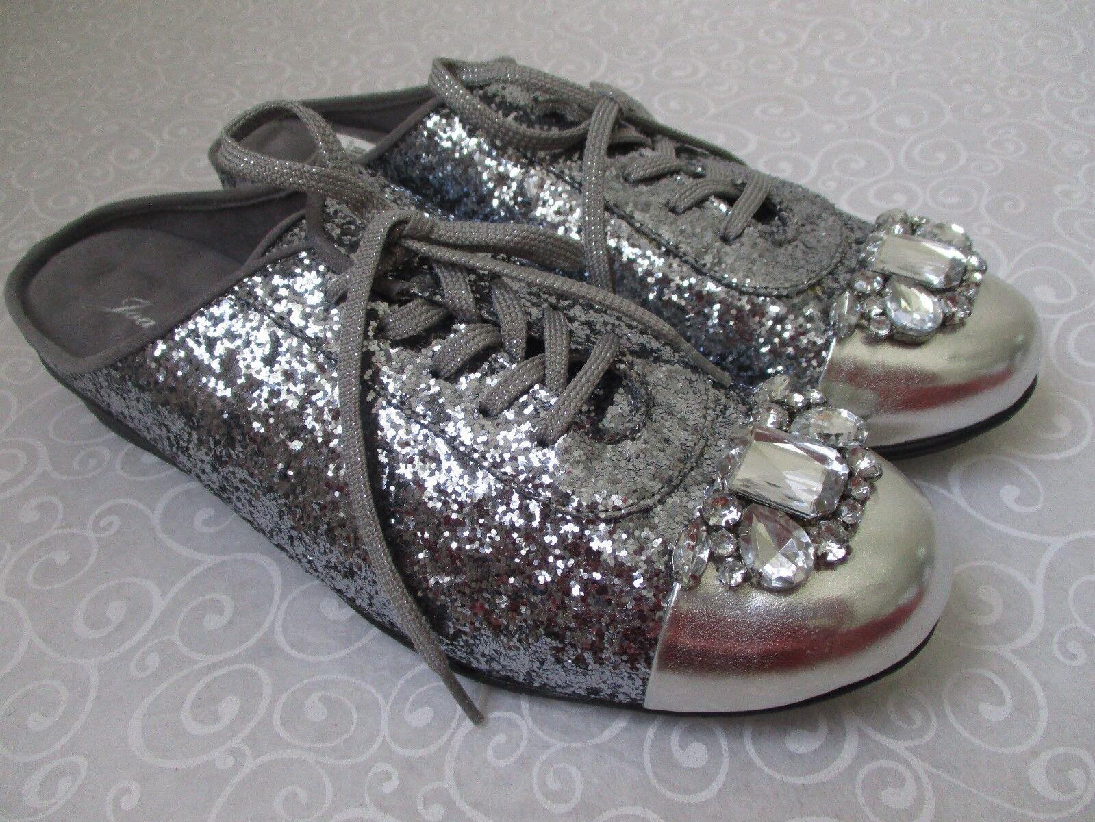 JOAN BOYCE DENISE PEWTER GLITTER & SILVER JEWELED FLATS Schuhe SIZE 8 W - NEU