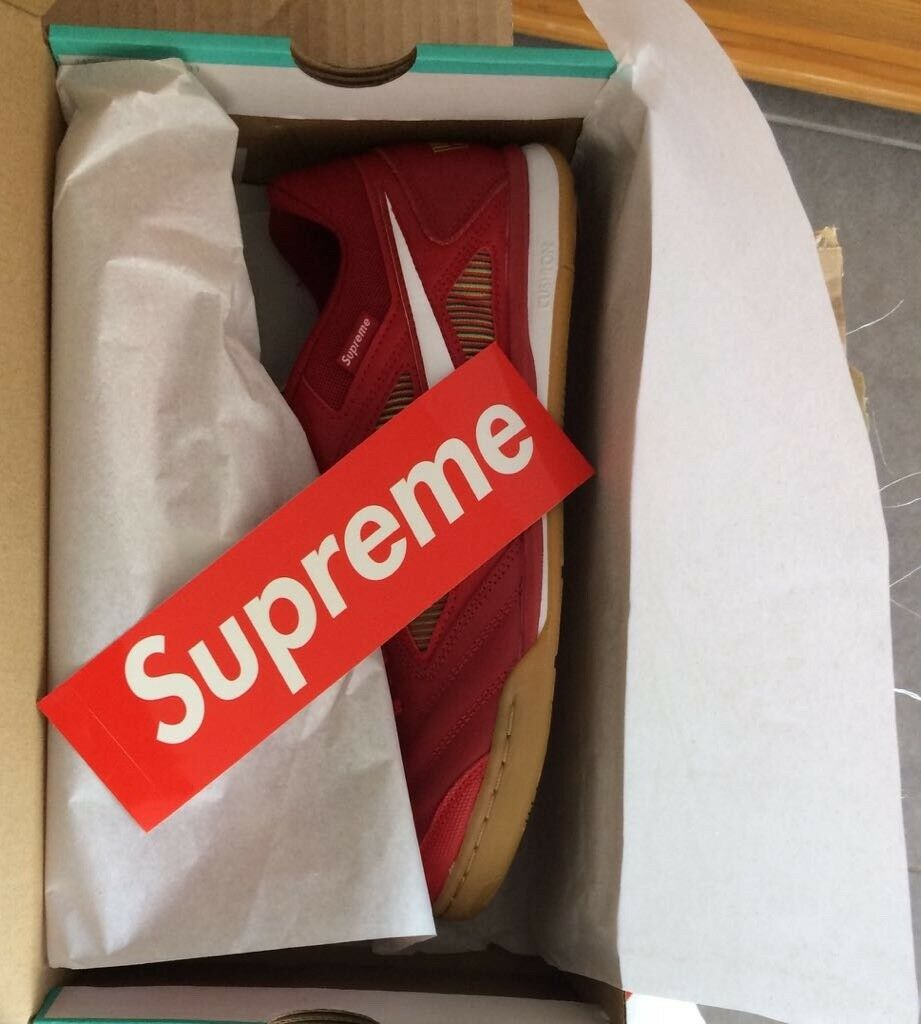 Nike Gato SB x Supreme Taille 10 us rouge sold out 100% Authentic Invoice Available