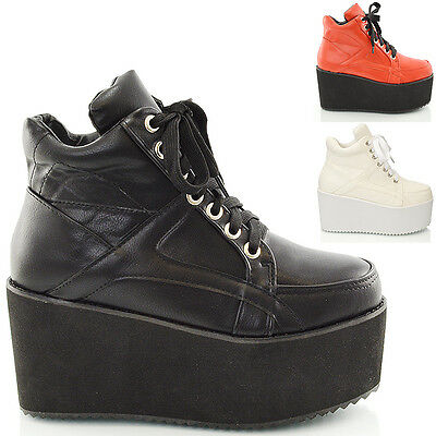 LADIES CHUNKY CLEATED SOLE WOMENS PLATFORM LACE UP GOTH PUNK ANKLE BOOTS SHOES
