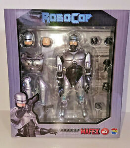 Medicom-Toy-MAFEX-No-67-MAFEX-ROBOCOP-Action-Figure