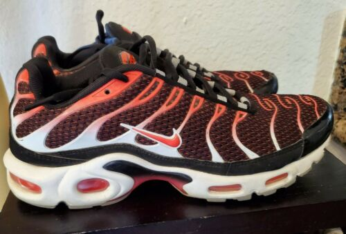 Nike Air Max Plus TN Tuned Mens Sz 8 Red Black Whi