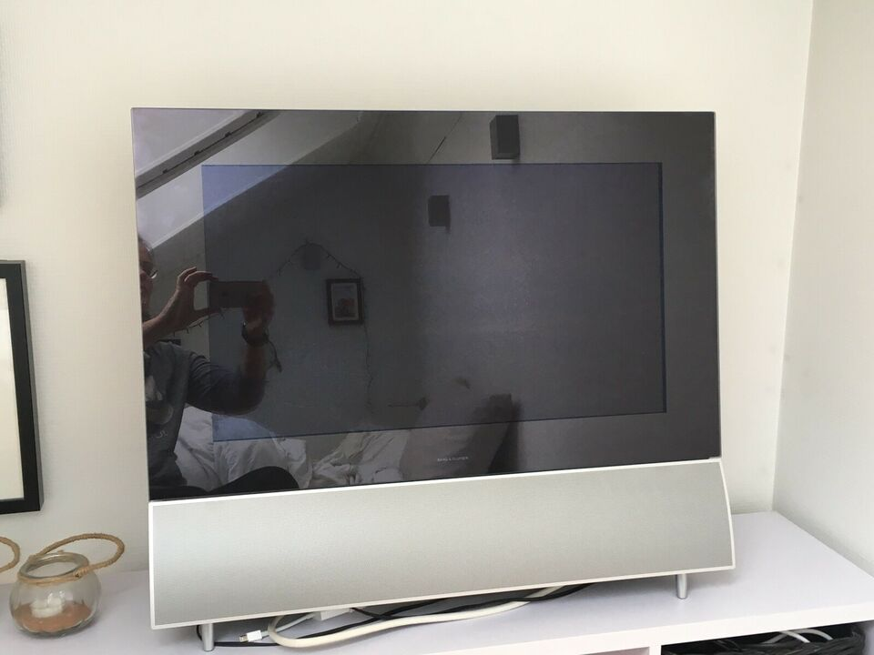 LCD, Bang & Olufsen, Beovision