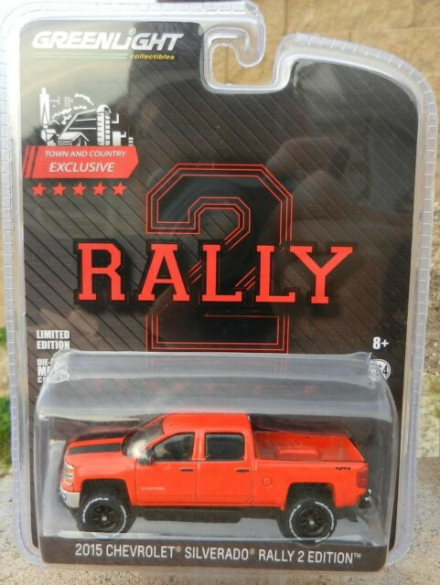 1 64 Greenlight Rally 2 Edition Red 2015 Chevy Silverado Lifted W Tow Hitch