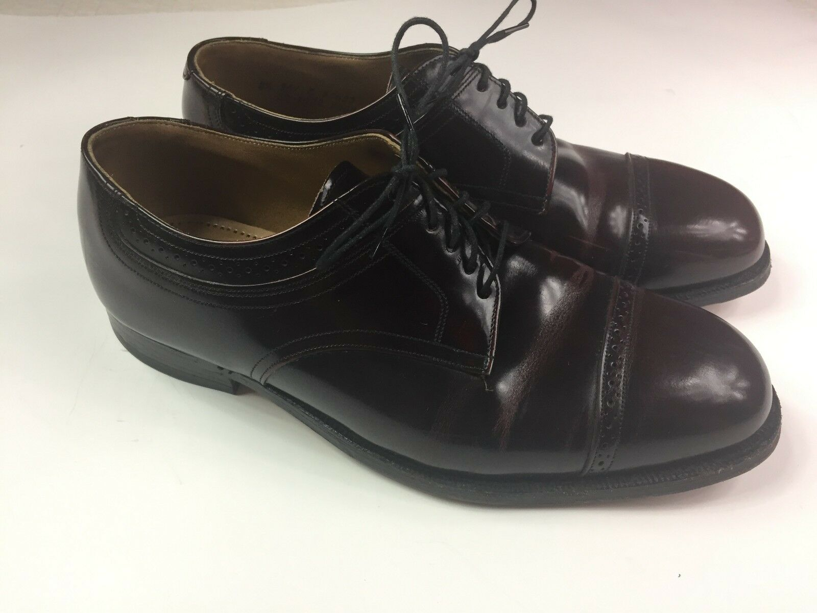 JOHNSTON & MURPHY Burgundy Traditions Dress Shoes Oxford Burgundy MURPHY Wingtip Men's Size 8.5 959e49