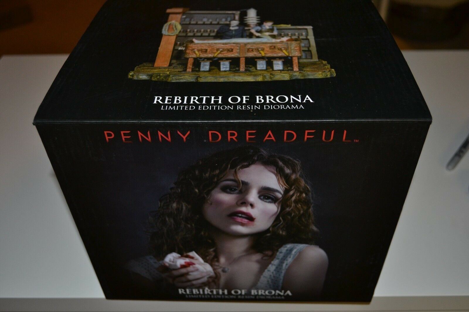 NEW RARE USAopoly Penny Dreadful Dreadful Dreadful Rebirth Of Brona Diorama Gothic COA 388 500 be3aec