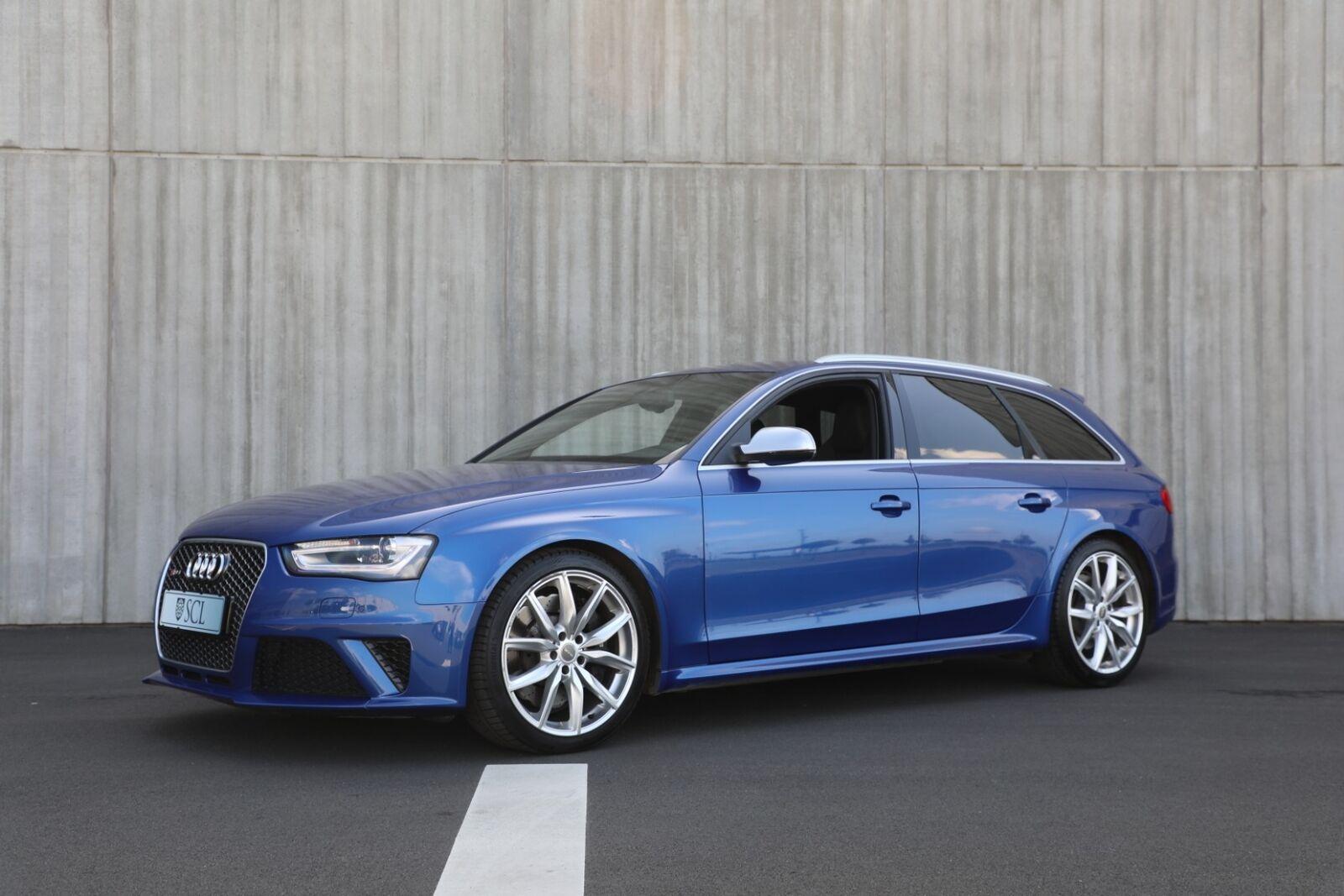 Audi RS4 4,2 FSi Avant quattro S-tr. 5d - 4.796 kr.