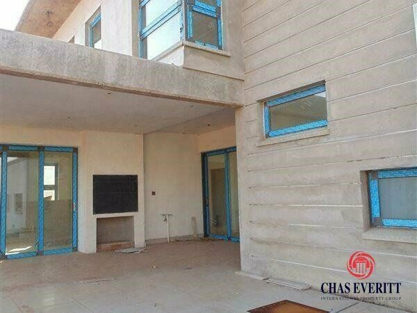 House in Cashan For Sale