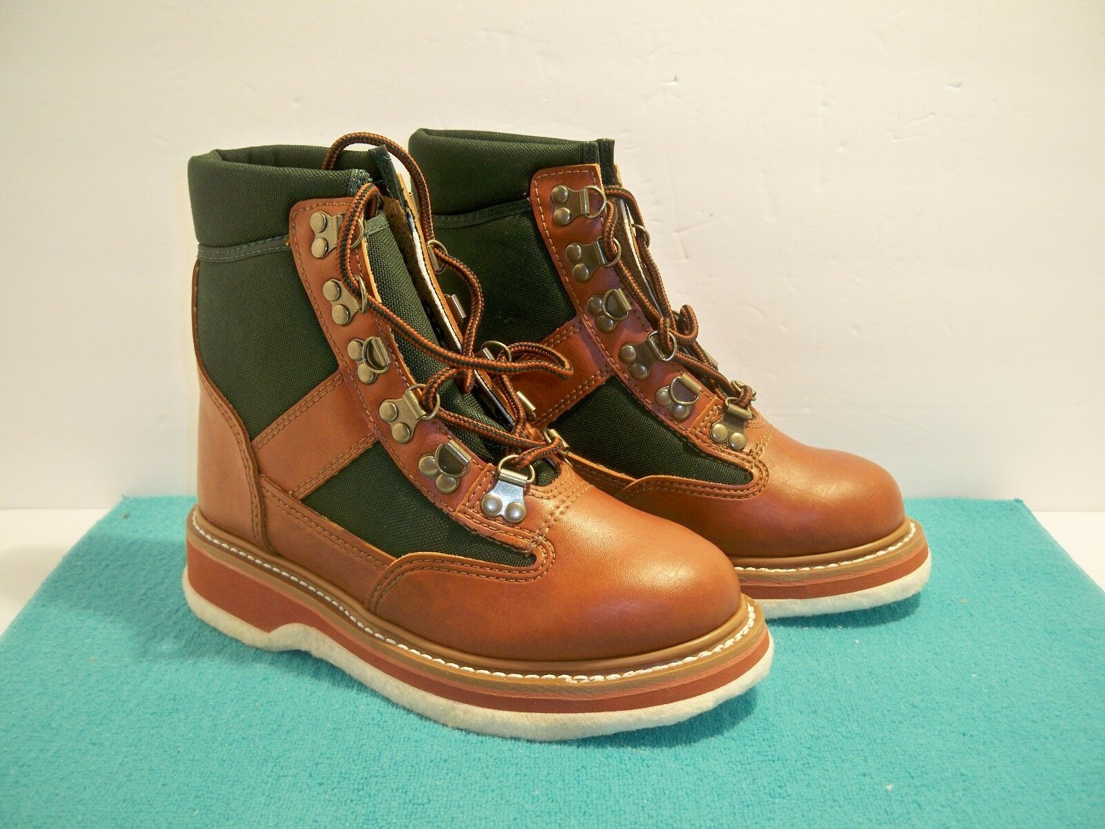 Orvis Battenkill Brogue Green Canvas Leather Fishing Wading Boots Size 5