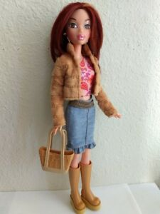 My-Scene-Chelsea-Barbie-Doll-Brown-Hair-amp-Eyes-Original-Clothes-Purse-Boots-Rare