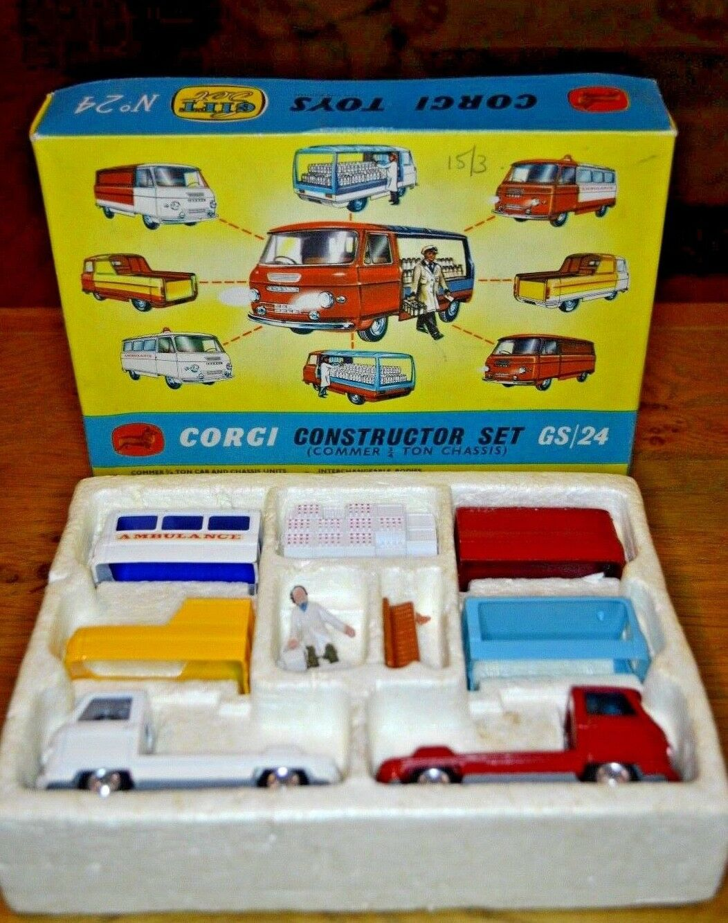VINTAGE CORGI TOYS Gift Set No.24 costruttore serie; tutto originale originale originale 36f9b2