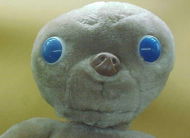 E.T.  Extra-Terrestrial 1982 Vintage Stuffed  Doll Toy Plush Kamar 16