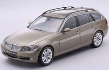 Kyosho KY08733GR BMW 330i serie 3 Touring (E91) Die Cast Modelo del coche de carretera 1:18th