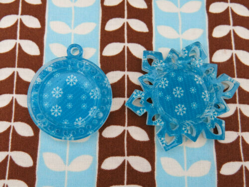 *NEW* Frozen Blue Snowflakes Pendants Cameo Holders Planar Resin Epoxy Dome Base