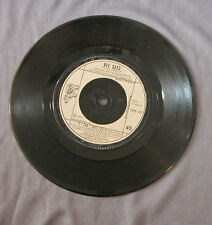"""Vinilo SG 7"""" 45 rpm BEE GEES - STAYIN ALIVE"""