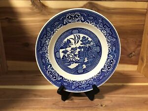 Royal-China-USA-034-Blue-Willow-034-dinner-plate-pre-owned