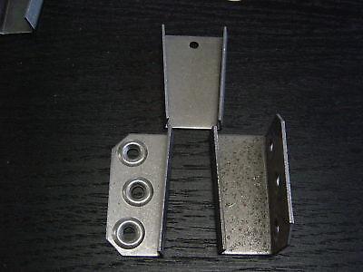 Schrankverbinder---Keilbeschlag für unten links 3104 li    Verbinder