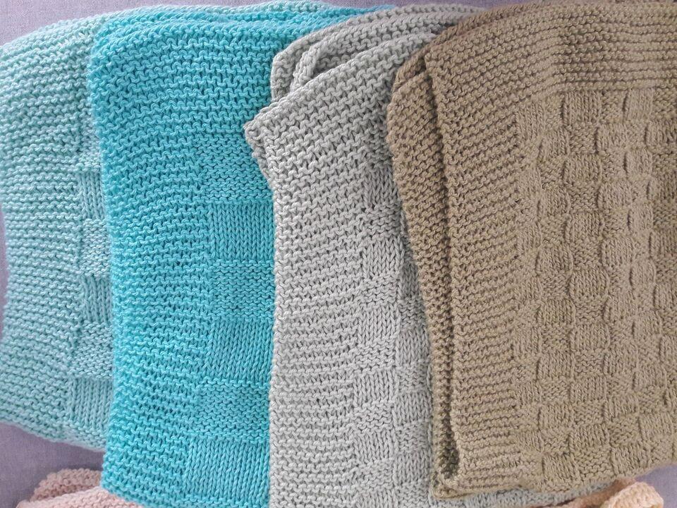 Strikkede bomulds håndklæder.