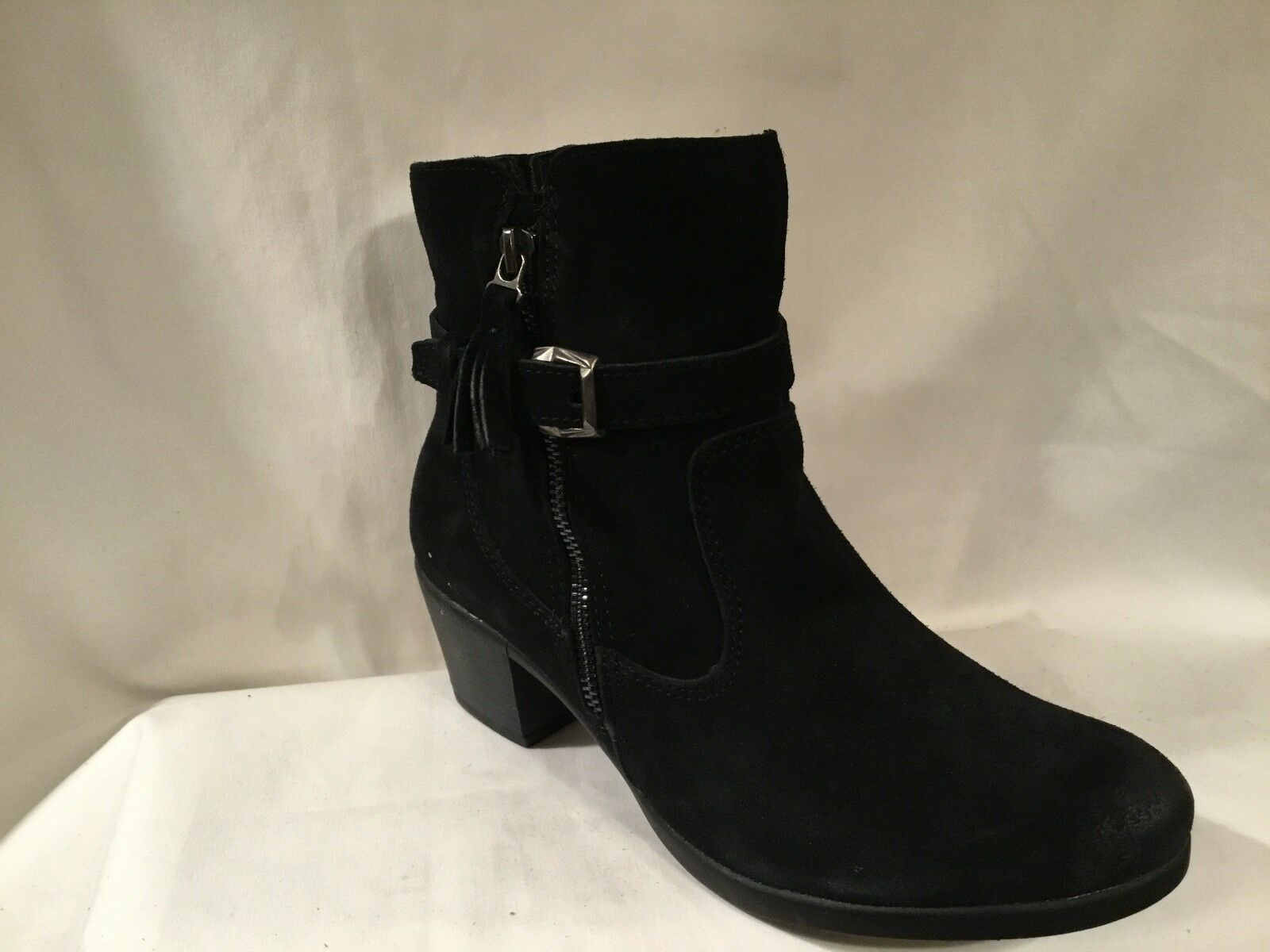 Earth Origins Suede Water Repellent Ankle Boots - Tori Black 7.5 wide