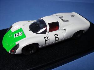 Porsche 910/8 Cyl Nurburgring 1967 Vroom Un kit de peinture non peinte 1/43
