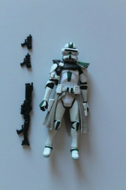 2005 STAR WARS Revenge of the Sith ROTS MOC #33 Clone Commander Red