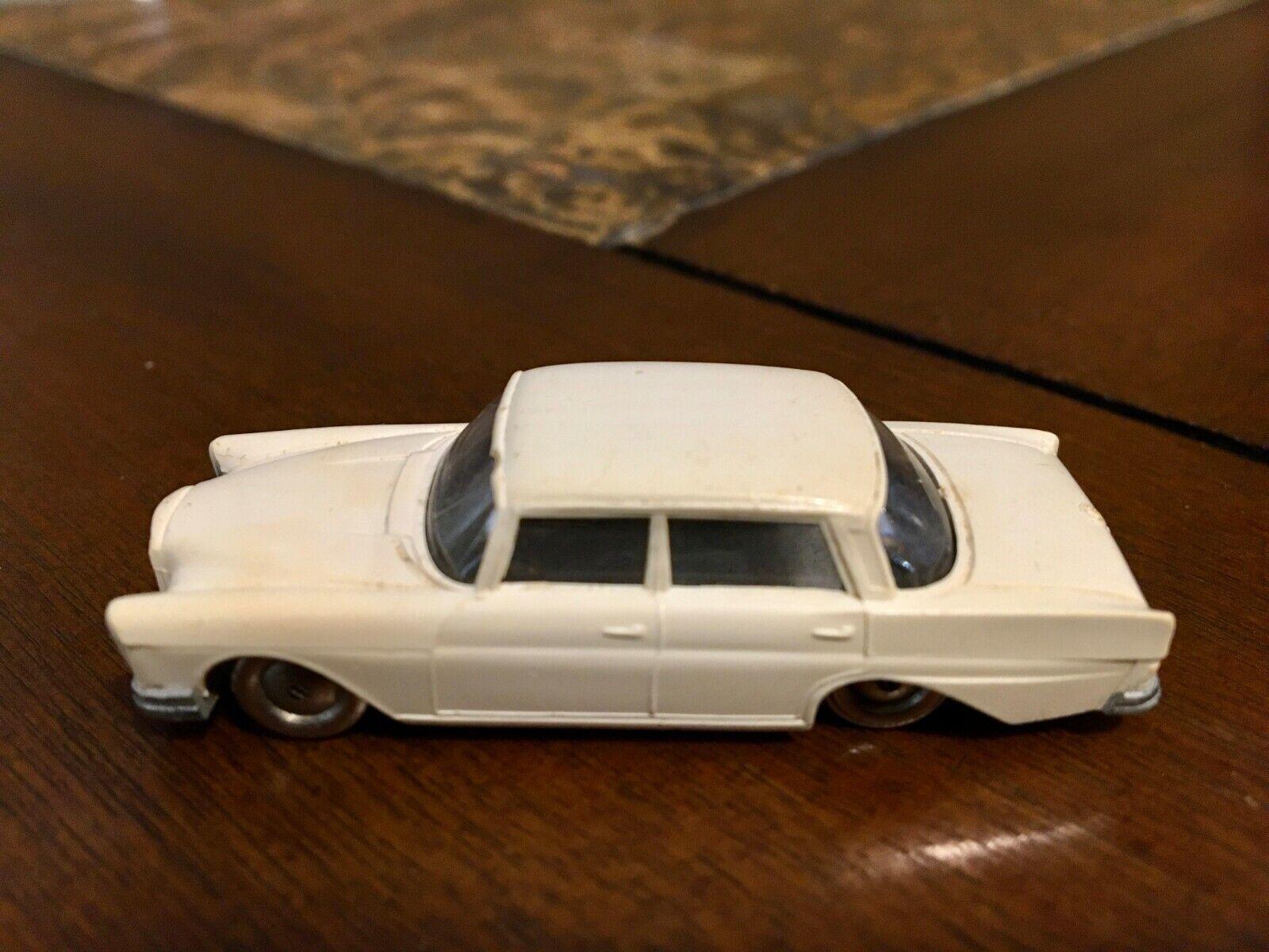Lego HO Scale Retro Clásico década de 1960 Mercedes 220S extremamujerte rara