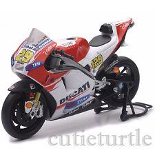 New Ray MotoGP 2015 Ducati Desmosedici Bike 1:12 57733 Andrea Lannone #29
