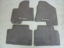 Hyundai Tucson factory carpet floor mats
