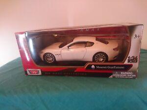 Gran-Turismo-Maserati-Model-White-1-24-Scale-Motor-max