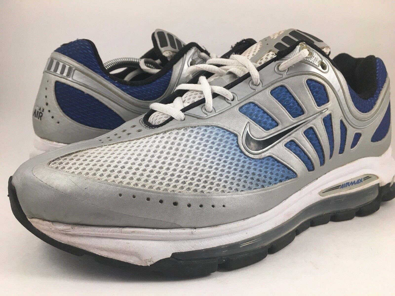 "Mens NIKE AIR MAX SOLAS 09  354824-104"" MENS SIZE 10.5 blueee White"