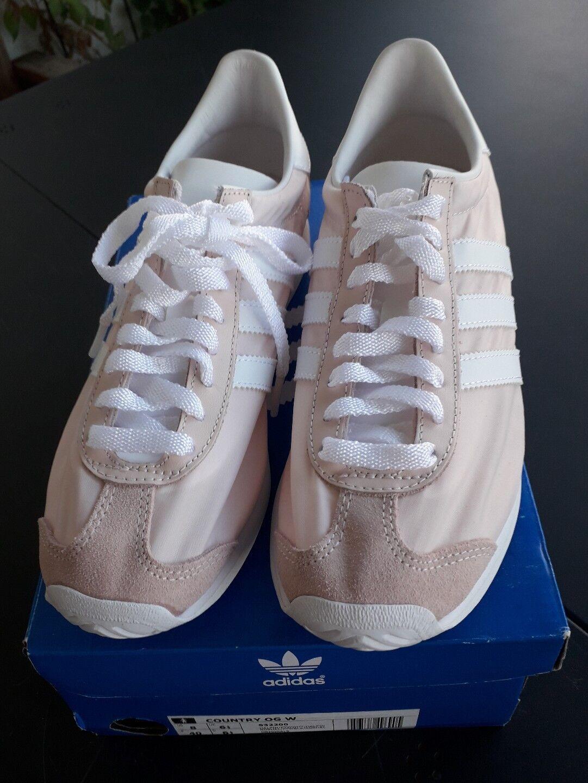 650bcefd710 Vans Kids Shoes